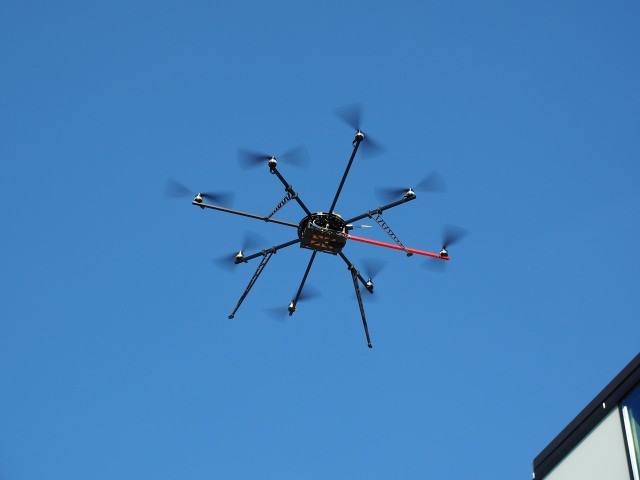 octocopter kaufen neu profi drohnen mit kamera. Black Bedroom Furniture Sets. Home Design Ideas